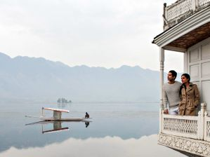Butts-Clermont-Houseboats-Srinagar