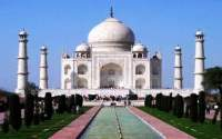 The beautiful Taj Mahal, one of the top 5 destinations in Agra India.