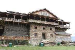 attractions-Naggar-Castle-Manali
