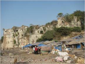 attractions-The-Old-Fort-Surat