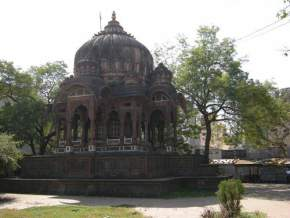 attractions-Chatris-Indore