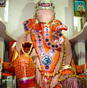 attractions-Bada-Ganpati-Indore