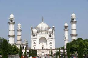 attractions-Bibi-ka-Maqbara-Aurangabad