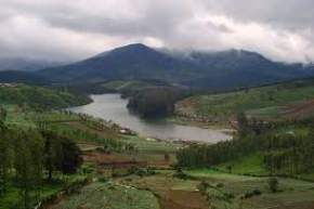 attractions-Emerald-Lake-Ooty