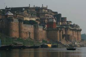 attractions--Varanasi