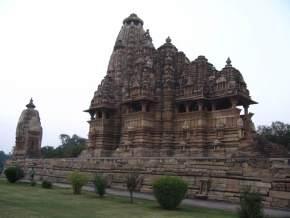vishwanath-temple, khajuraho