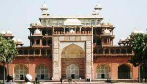 attractions-Akbars-Mausoleum-Agra
