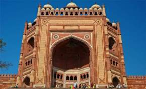 attractions-Buland-Darwaza-Agra