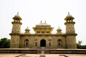 itmad-ud-daulahs-tomb, agra