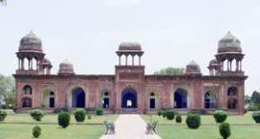 attractions-Mariyams-Tomb-Agra