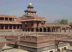 attractions-Panch-Mahal-Agra