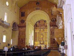 attractions-Basilica-De-Bom-Jesus-Goa