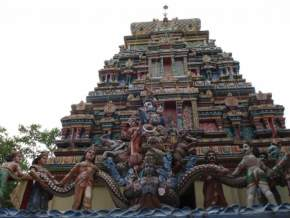 attractions-Neelkanth-Mahadev-Temple-Rishikesh