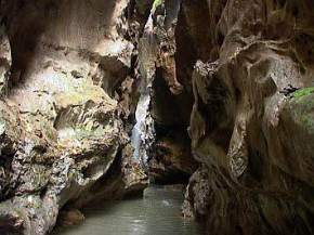 attractions-Robbers-Cave-Dehradun