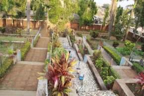 step-garden, saputara