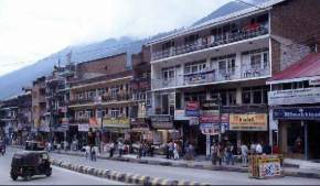 mall-road, manali