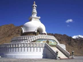 shanti-stupa, leh