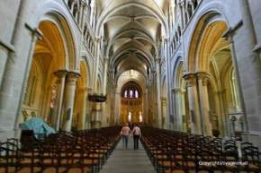 attractions-Cathedrale-De-Lausanne-Switzerland