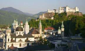attractions-Salzburg-Franciscan-Church-Austria