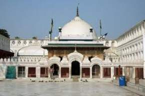 attractions-Tomb-of-Bu-Ali-Shah-Qalandar-Panipat