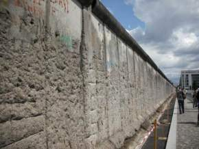 attractions-Berlin-Wall-Germany