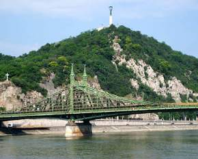 attractions-Budapest-Gellert-Hill-Hungary