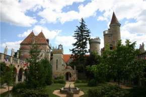 attractions--Hungary