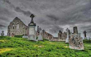 attractions-Clonmacnoise-Ireland