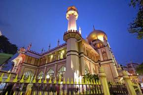 attractions-Sultan-Mosque-Singapore