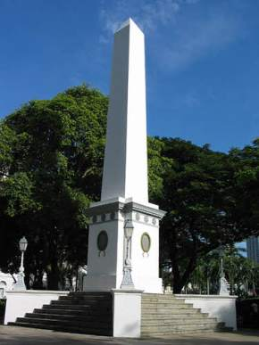 attractions-Dalhousie-Obelisk-Singapore