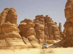 madain-saleh, saudi-arabia