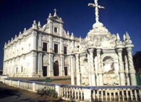 attractions-St-Paul-Church-Daman-and-Diu