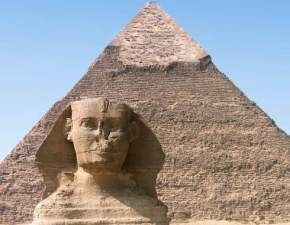 attractions-Giza-Pyramids-Egypt