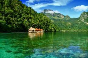 attractions-Maluku-Indonesia