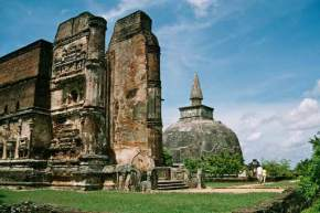 attractions-Polonnaruwa-Sri-Lanka