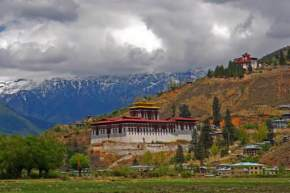 attractions-Rinpung-Dzong-Bhutan