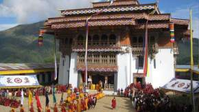 attractions-Gangtey-Goempa-Bhutan