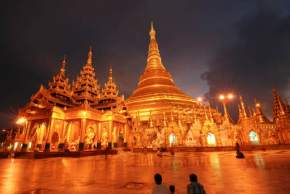 attractions-Shwedagon-Pagoda-Myanmar