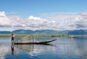 attractions-Inle-Lake-Myanmar