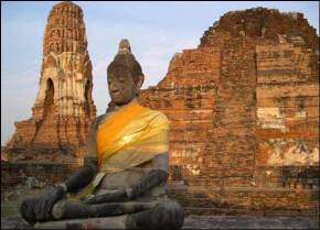 attractions-Ayutthaya-Thailand