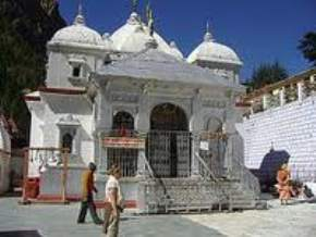 attractions-Gangotri-Temple-Gangotri
