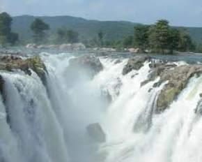 jalagamparai-falls, yelagiri