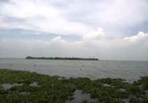 pathiramanal-kumarakom