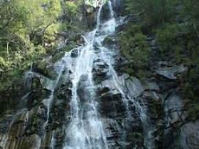 bee-falls, pachmarhi