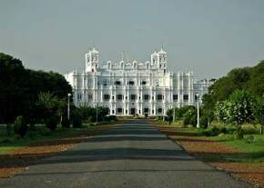 jai-vilas-palace-and-museum-gwalior