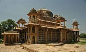 tomb-of-ghaus-mohammad, gwalior