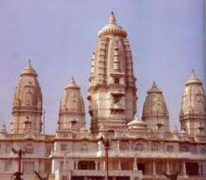 attractions-Dwarkadheesh-Temple-Kanpur
