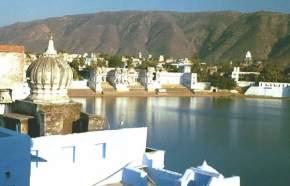 attractions-Pushkar-Lake-Pushkar