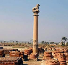 ashoka-pillar, allahabad