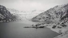 menmecho-lake, nathula